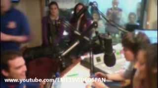 EME15 en Radio TKM - Entrevista en Argentina ; Beso de Macarena a Yago [2/Octubre/2012]