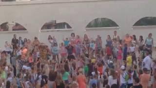 Дискотека в Амфитеатре Святого Власа, Болгария(Сходили на местную дискотеку, народу просто уйма, исчезли прекрасные аниматоры, которые были в прошлом..., 2016-07-03T14:00:00.000Z)