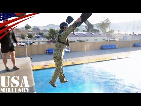 陸上自衛隊・西普連の水陸両用(ヘリダイブ&ヘリ墜落脱出)訓練 - Japan Ground Self-Defense Force WAiR of Amphibious Training