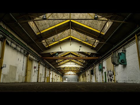 Abandoned TANK FACTORY w/ RUNNING ELECTRICITY - Urbex Lost Places Austria