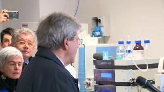 Gentiloni all'inaugurazione di un nuovo laboratorio dell'Istituto tecnico Montani di Fermo