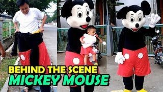 Di Balik Layar Badut Mickey Mouse. Behind the Scene mickey mouse