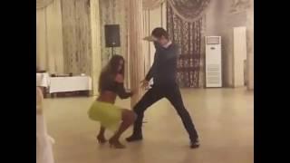 Горячий танец на свадьбе