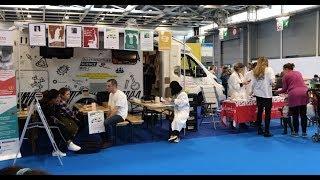 The Science Bus at Kidexpo in Paris / vlog by Sem & Freek