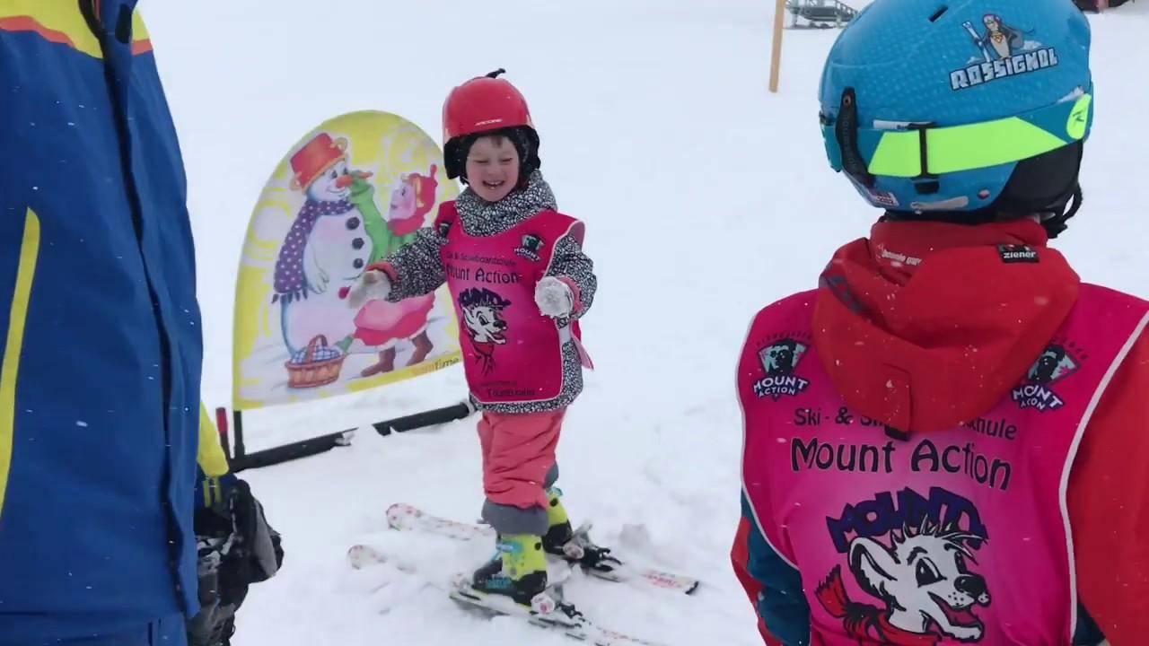 Рождество в Австрии ,Tauplitz, впервые поставили дочку на лыжи. Доступный отдых в Австрии на лыжах