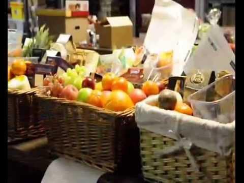 Fruit & Flower Gift Baskets