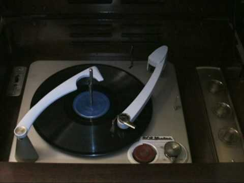 RCA VICTOR SHF-7 Record Player -- The Telephone No Ring --  Nicola Paone