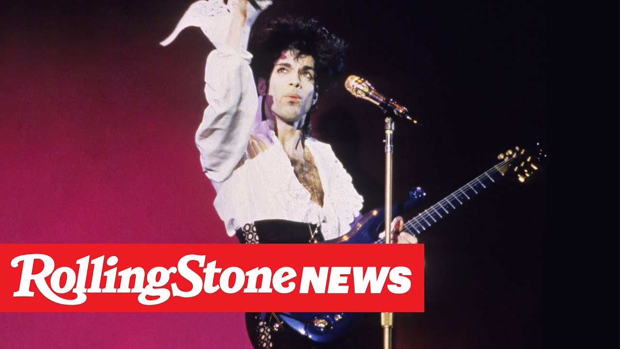 Prince's Long-Lost, Ultra-Rare Blue Angel Cloud Guitar Heads to Auction | RS News 5/20/20