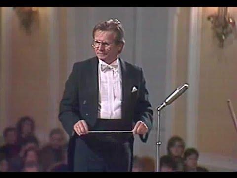 Vladimir Fedoseyev conducts Boris Tchaikovsky Sinfonietta - video 1985