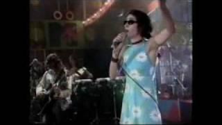 "2/3 - Marisa Monte ""Panis Et Circenses"" no VMB 1995 (MTV)"