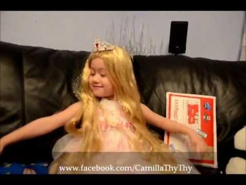Camilla ThyThy: Mở quà tặng Em bé lai Tây-Việt được yêu thích nhất.