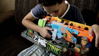 CINE NERF UNBOXING DA NERF SLEDGEFIRE ZOMBIE STRIKE