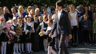 Как проходили школьные линейки в Беларуси?