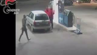 Rapinò distributore al San Paolo, arrestato 21enne