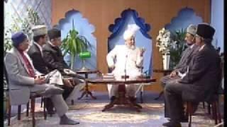 The Holy Prophet Muhammad (saw) (Urdu)