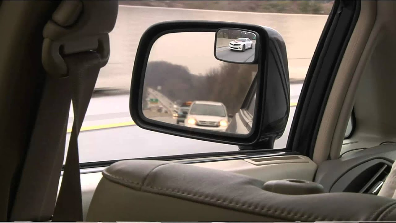maxi view 2 sets of 2 blind spot mirrors with dan hughes. Black Bedroom Furniture Sets. Home Design Ideas