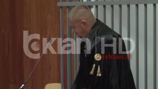 Repeat youtube video Trafikoi 2,4 ton kanabis drejt Italisë, Gjykata lë në burg organizatorin