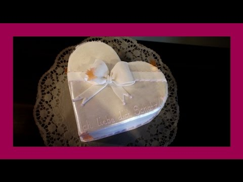 Herz Torte Kuchen In Herzform Selbstgemachte Herztorte