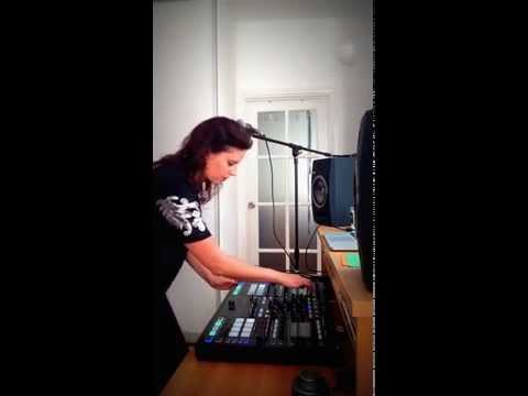Riya - Sublimation Live Stems Mix with Traktor S8 Kontrol