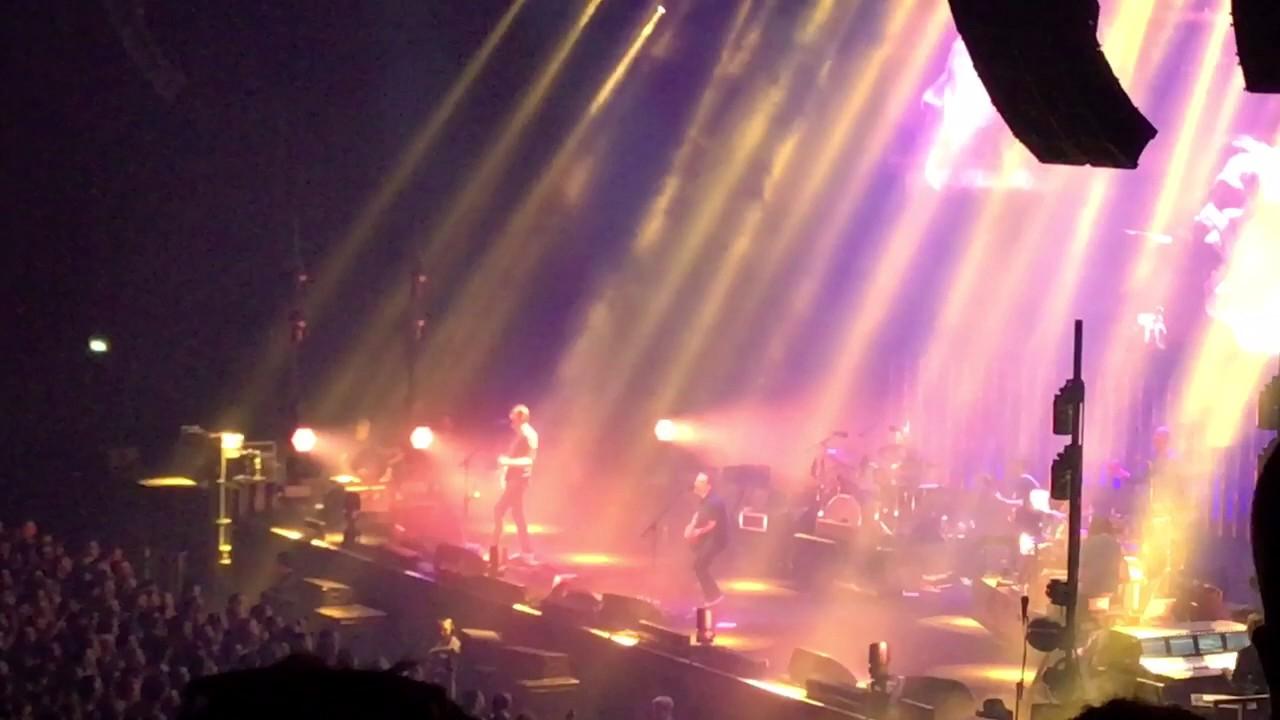 Quot Paranoid Android Quot Radiohead 3 Arena Dublin 20th