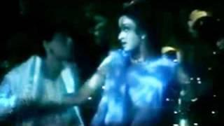 Shahrukh Khan and Aishwarya Rai - Romantic Scenes Nazar Nazar song