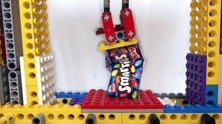LEGO Pneumatic press