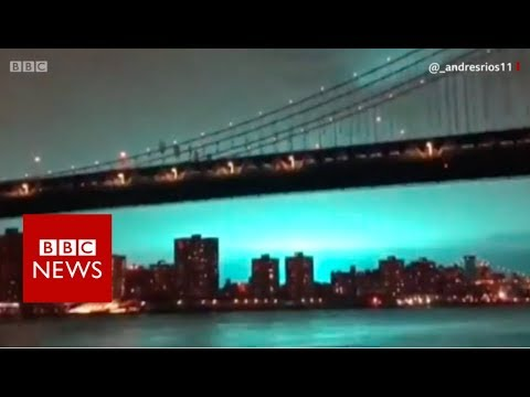 New York skyline turns blue - BBC News
