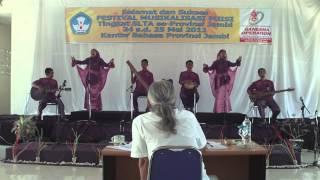 Juara II Lomba Musikalisasi Puisi by Teater Alief (Man Model Jambi)