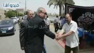 بالفيديو : محافظ المنيا يفتتح كوبري الحواصلية لربط 7 قري على ترعة الإبراهيمية