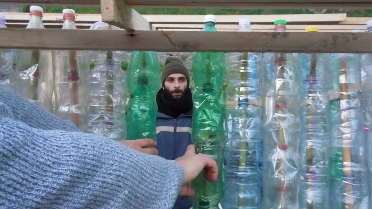 Poltrona Bottiglie Di Plastica.La Casa Delle Bottiglie Di Plastica Gruppo Permacultura Sicilia