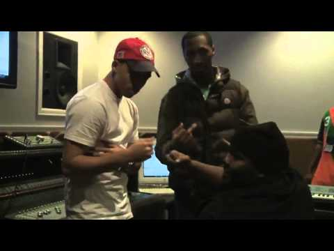 Trav Feat  Cory Gunz   Hurt Something  In Studio Performance