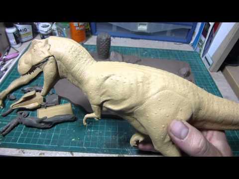 Dinosaur Model Review : 1/35 Tyrannosaurus Diorama by Tamiya