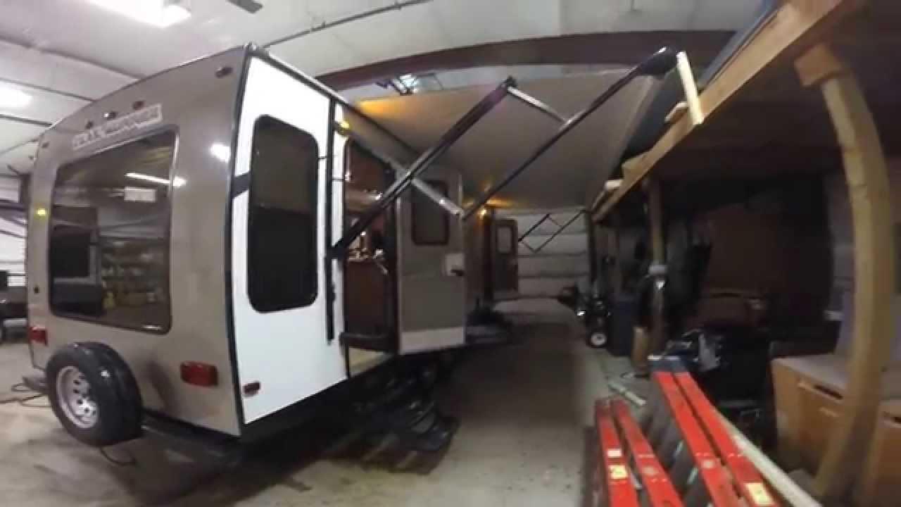2015 Heartland Trail Runner 25' Rear Living Room Travel ...