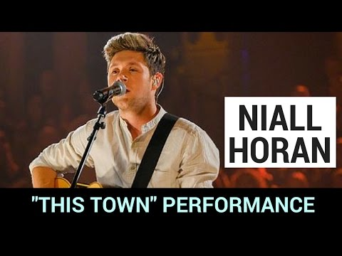 Niall Horan Performs 'This Town' +...