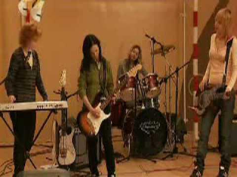 Ranetki Girls ( Ранетки ) Practice in the Gym