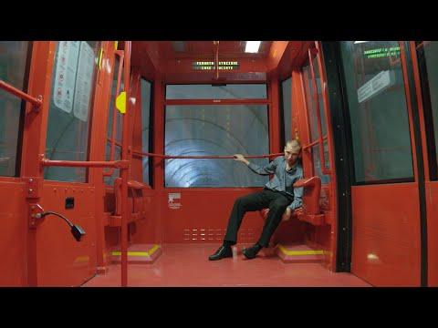 Luis Ake - Bitte Lass Mich Frei (Official Video)