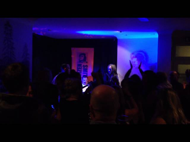 Live Clip from The  Ginhouse, Bodmin 29/11/14