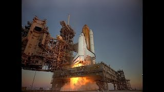 IMAX Space Station: Space shuttle liftoff
