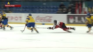Первая победа на чемпионате мира по хоккею