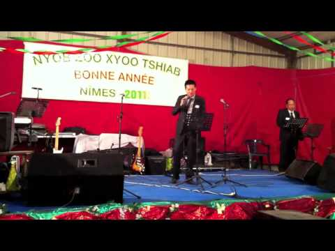 Tseem Nco (by Zinc) - Live at Hmong New Year 2011, France