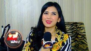 Kegalauan Dinda Kanyadewi Belum Juga Dilamar Kekasih - Hot Shot 21 September 2018