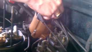 1995 Chevy 5.7L V8 Distributor Cap and Rotor Button How to Part 1