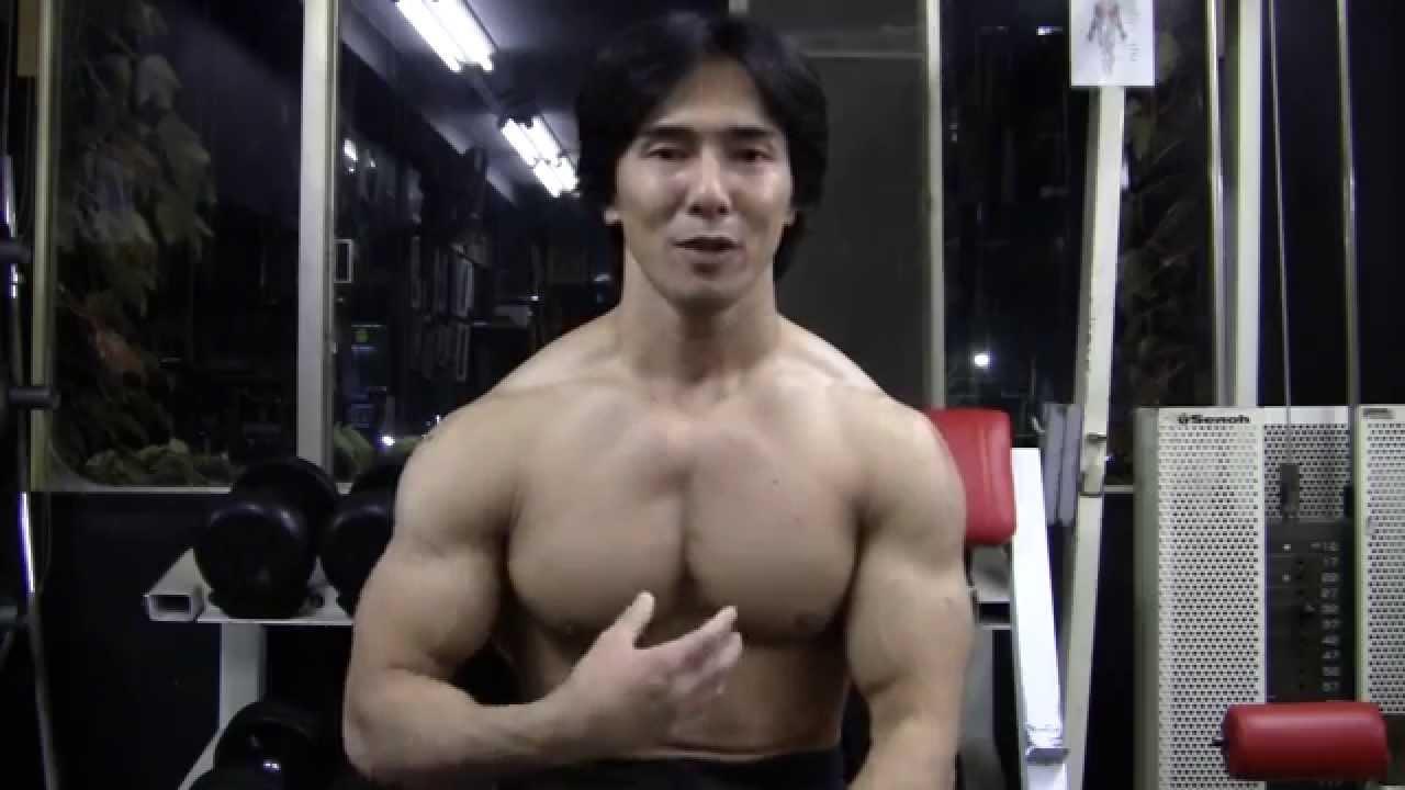 筋 内側 胸