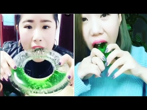 [ASMR NO TALKING] Ice Eating ASMR - (Eat the whole word) / Ice Chewing #112