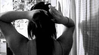 Easy 5 minute hair braid/ponytail Thumbnail