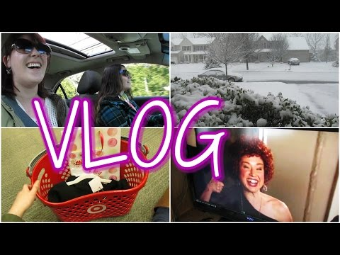 VLOG: Lotsa LOLZ [ft. Snow Day!?!, Kimmy Schmidt, & Punking My Dad!]
