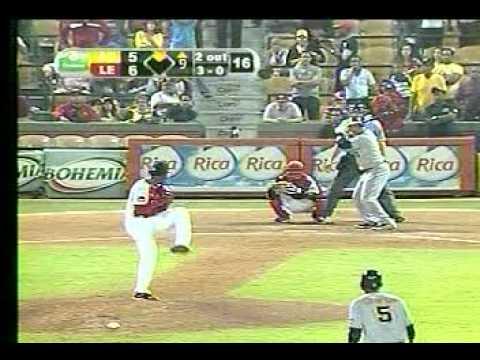 Hit de Carlos Gómez empata el juego en el 9no (30-11-11)