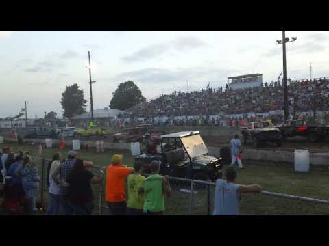 Demo Derby dodge county fair beaver dam wi  2014 Chucky truck feature