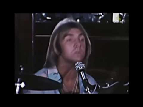 SKY HIGH - JIGSAW (1975)