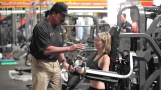 Repeat youtube video Arnold Works at Gold's
